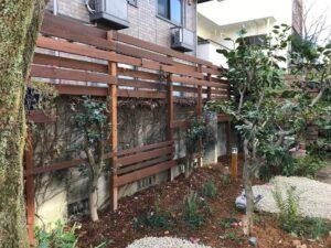 ガーデンルームのある和の趣の回遊庭園